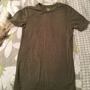 Men's size small short sleeve tshirt